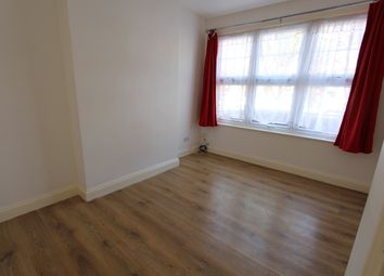 Thumbnail 3 bed semi-detached house to rent in Sundon Park Road, Luton