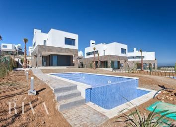 Thumbnail 3 bed villa for sale in Bahia De Las Rocas, Manilva, Malaga, Spain