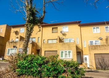 3 bed town house for sale in Towan Avenue, Milton Keynes MK6