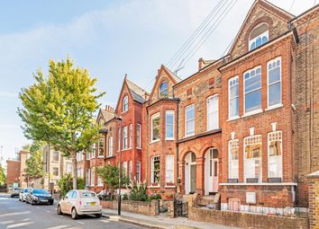 Thumbnail Flat for sale in Roseleigh Avenue, London