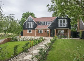 Thumbnail 4 bed detached house for sale in Oakley Court, Wallingford