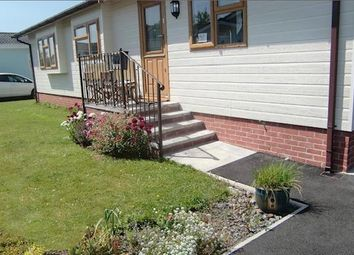 2 bed mobile/park home for sale in Shillingford Park, Carmarthen Road, Kilgetty SA68