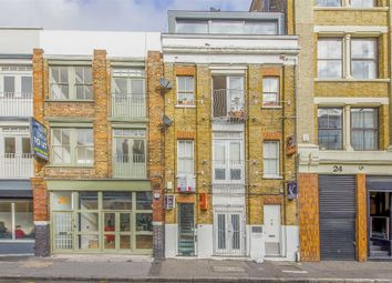 Thumbnail 1 bed flat for sale in Cowper Street, London