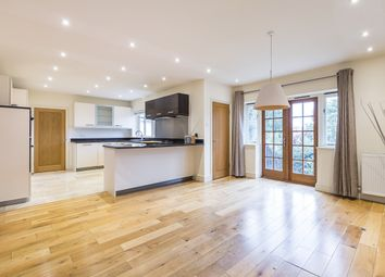 Thumbnail 6 bedroom detached house to rent in Darlaston Road, London