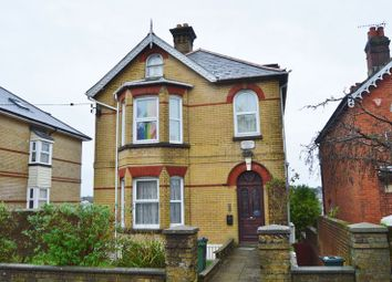 Thumbnail 3 bed flat to rent in Newport Road, Cowes
