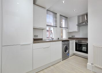 Thumbnail 1 bed flat to rent in Peabody Estate, Southwark Street, London