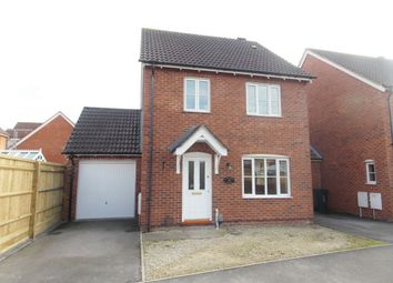 Thumbnail 3 bed detached house to rent in Wynwards Road, Swindon