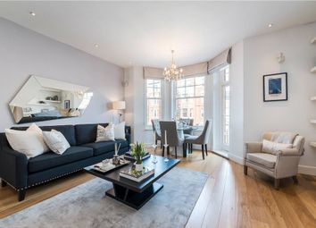 Thumbnail 3 bed flat for sale in Beaufort Street, Chelsea, London