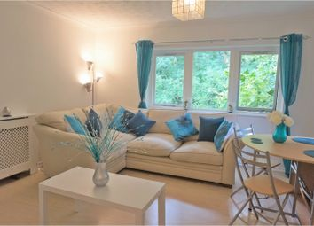 Thumbnail 1 bedroom flat for sale in Friars Mead, London