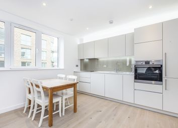 2 bed flat to rent in Tudway Road, London SE3