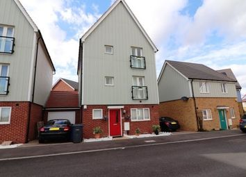 Thumbnail 5 bed property to rent in Woodside Close, Grays