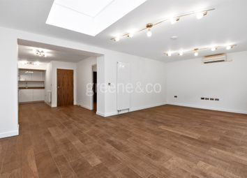 Thumbnail 4 bedroom flat to rent in Compayne Gardens, South Hampstead, London