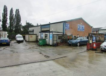 Thumbnail Parking/garage for sale in Millgate, Selby