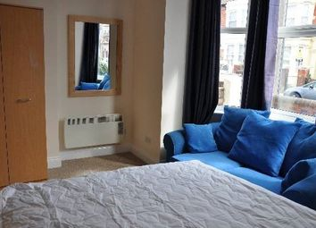 Thumbnail 1 bed flat to rent in Albert Grove, Southsea