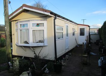 Thumbnail 1 bed mobile/park home for sale in Hyattswood Road (Via Oakfield Road), Backwell, Bristol