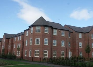 2 bed flat to rent in Weir Close, Wigston LE18