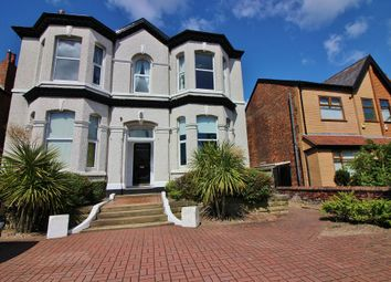 2 bed flat to rent in Sussex Road, Southport PR8