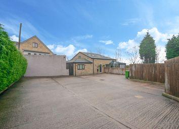 5 bed detached house for sale in Troy Road, Morley, Leeds LS27