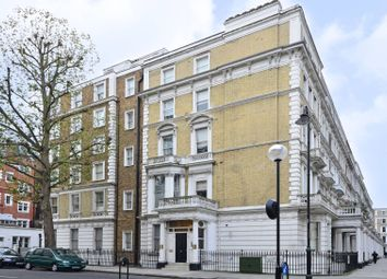 Thumbnail 1 bed flat to rent in Collingham Road, South Kensington