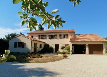 Thumbnail Country house for sale in 86190 Ayron, France