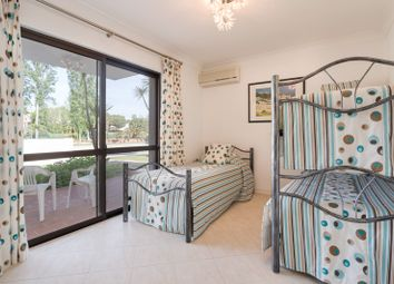 Thumbnail 2 bed apartment for sale in Vale Do Lobo, Quinta Do Lago, Loulé, Central Algarve, Portugal