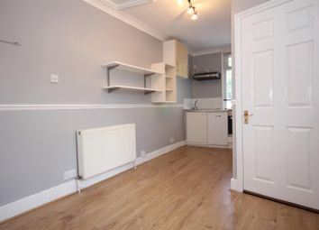 Room to rent in Glynfield Road, London NW10