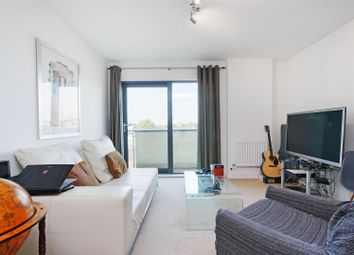 Thumbnail 1 bed flat for sale in Oval Road, London