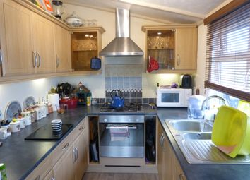 Thumbnail 2 bed mobile/park home for sale in Coghurst Hall Holiday Park, Hastings