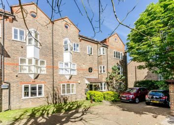 Thumbnail 2 bed flat to rent in Washington Court, Sutton