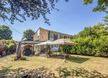Thumbnail 4 bed property for sale in Hamilton Place, Sunbury-On-Thames
