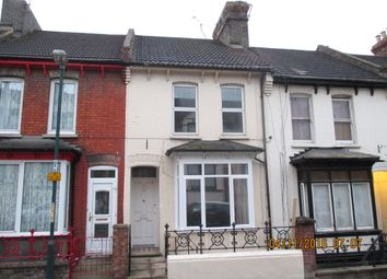 Thumbnail 3 bed detached house to rent in Meadow Bank Road, Chatham