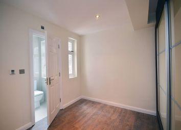 Thumbnail 2 bed flat to rent in Kingsland High Street, Dalston