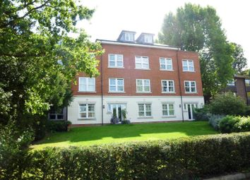 Thumbnail 2 bedroom flat to rent in Lovelace Road, Surbiton