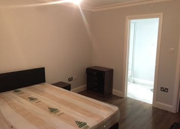 Thumbnail 3 bedroom terraced house to rent in Chatfield Road, Croydon