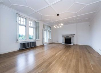 Thumbnail 6 bed flat to rent in Oakwood Court, London