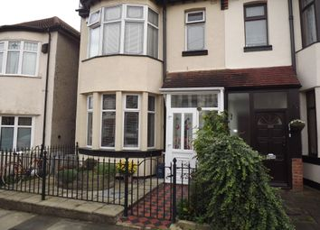 Thumbnail Studio to rent in Electric Avenue, Westcliff-On-Sea