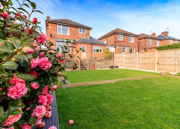 Thumbnail 3 bed detached house for sale in Redhill Road, Arnold, Nottingham