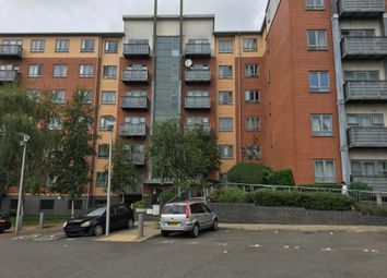 Thumbnail 2 bed flat for sale in Burnham, Berkshire