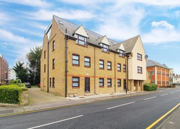 Glebe Road, Chelmsford CM1. 1 bed flat