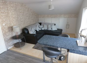 Thumbnail 1 bed flat to rent in Devonshire Place, Skipton