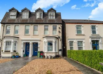 2 bed flat to rent in Park View Road, Welling DA16