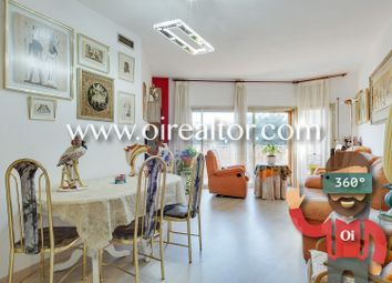 Thumbnail 4 bed apartment for sale in Sagrada Familia, Barcelona, Spain