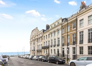 Portland Place, Brighton, East Sussex BN2. 2 bed flat for sale