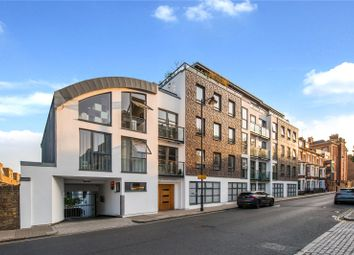 2 bed maisonette for sale in Offord Road, Islington, London N1