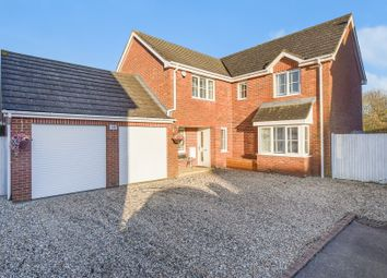 5 bed detached house for sale in Acorn Close, Kingsnorth, Ashford TN23