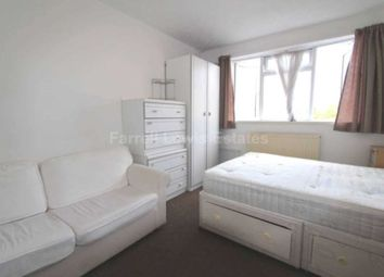Thumbnail Room to rent in Vale Court, Acton