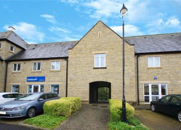 Thumbnail 1 bed flat to rent in Kingfisher Court, Northfield Farm Lane, Witney