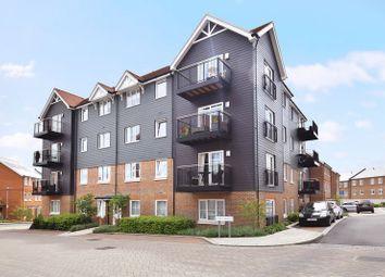 Thumbnail 2 bed flat to rent in Eden Road, Dunton Green, Sevenoaks