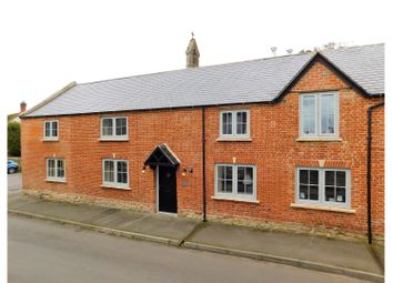 Thumbnail 5 bed property for sale in Bradenstoke, Chippenham
