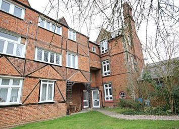 Thumbnail 1 bed flat to rent in Buckingham Ct, Gt Dunmow, Essex